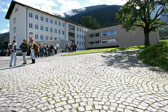 Haupt- und Volksschule Stams 2009